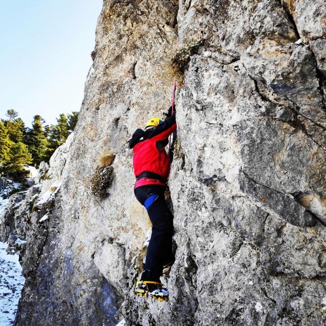 Alpine_Climb_Parnassos_Gerontovrachos_084807_816