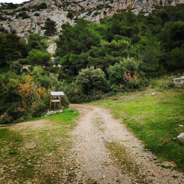 DryTooling_Athens_Epos_Fylis_Rizos_Cave_091851_414