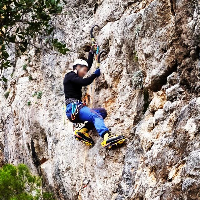 DryTooling_Athens_Epos_Fylis_Rizos_Cave_092215_401