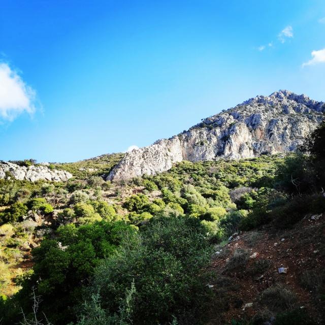 South-West_Ridge_Ortholithi_Mountain_161115_680