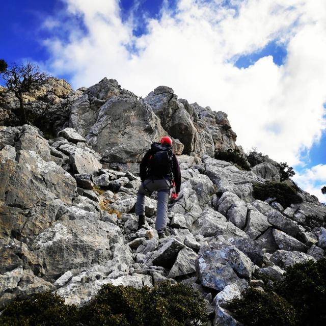 South-West_Ridge_Ortholithi_Mountain_162555_821