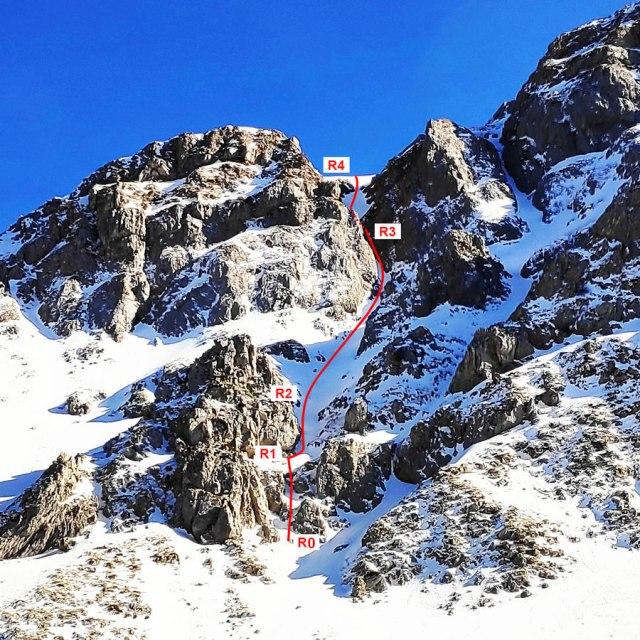 Vardousia_Mountain_Mixed_Climbing_Aris_064000_472_01
