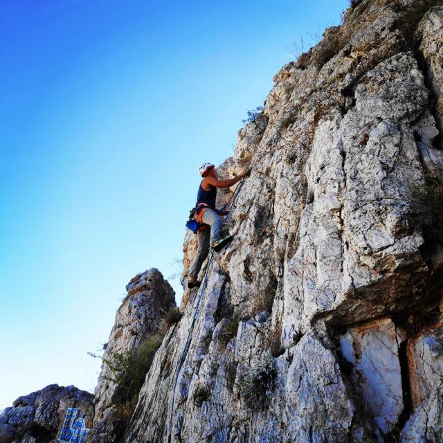Climbing_Tourkovounia_Kokkina_Anchesmos_105905_112