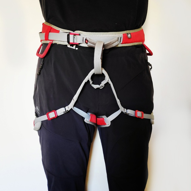 MAMMUT_Ophir_Speedfit_Climbing_Harness_Review_102738_606