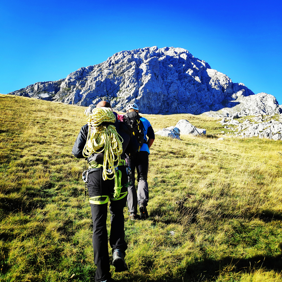 Approach hike