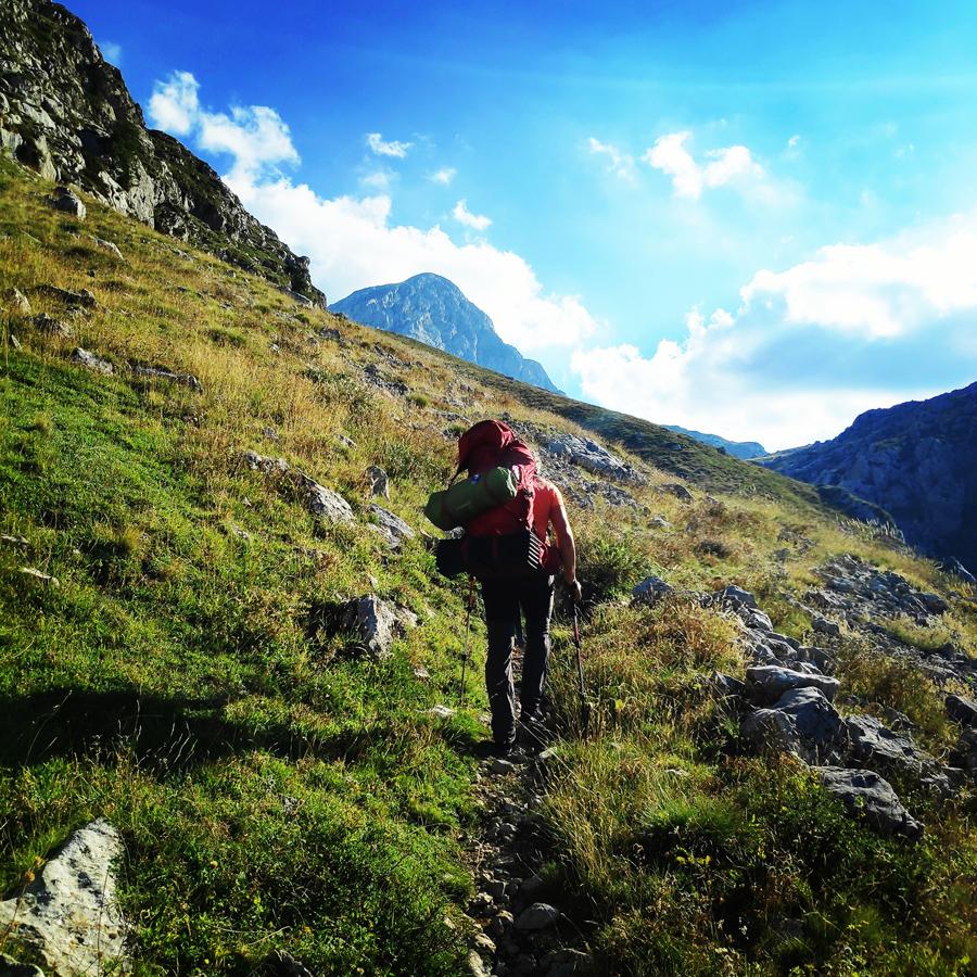 Hiking_Camping_Giona_Mountain_Aselinon_093004_210