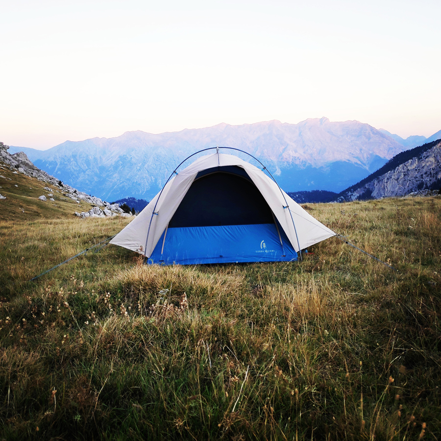 Hiking_Camping_Giona_Mountain_Aselinon_093507_958