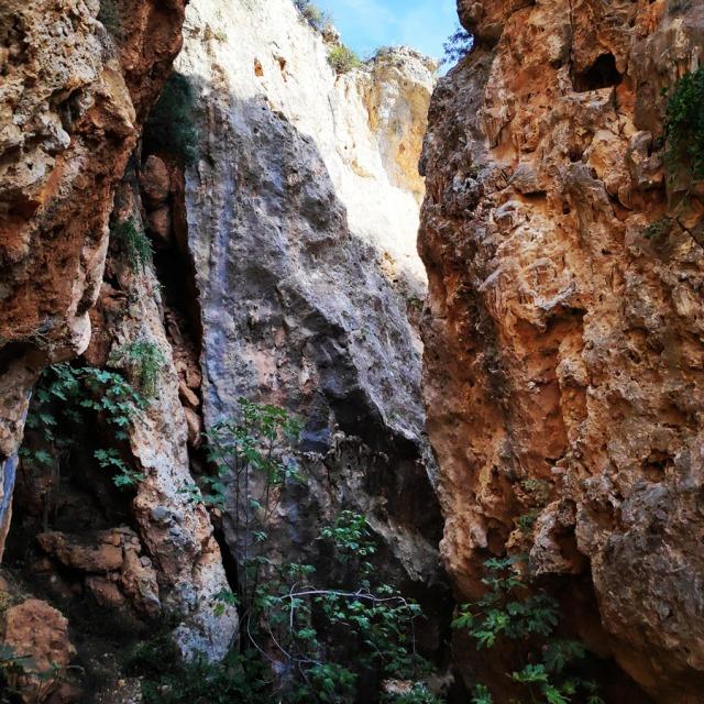 Climbing_Leonidio_Mini_Canyon_072500_183