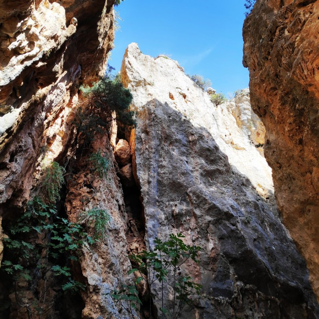 Climbing_Leonidio_Mini_Canyon_073529_782