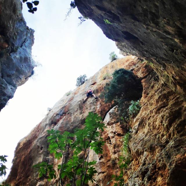 Climbing_Leonidio_Mini_Canyon_082335_737