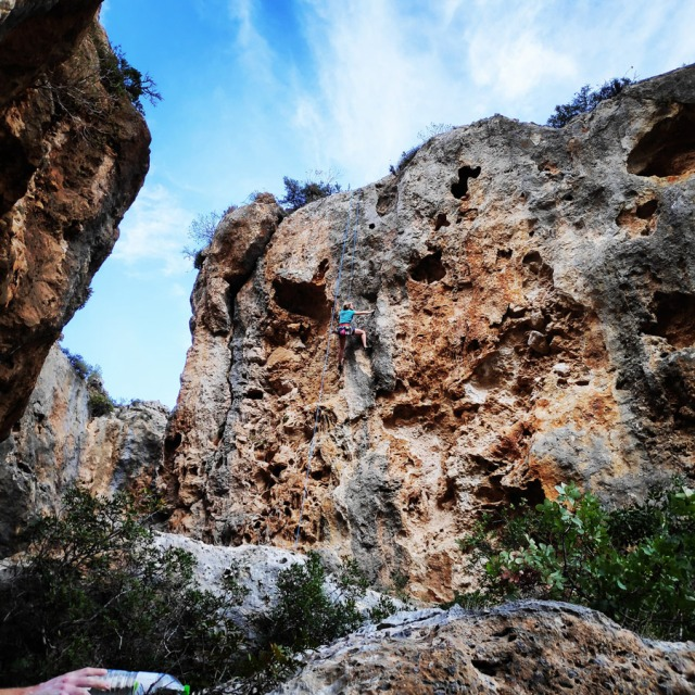 Climbing_Leonidio_Mini_Canyon_082749_334