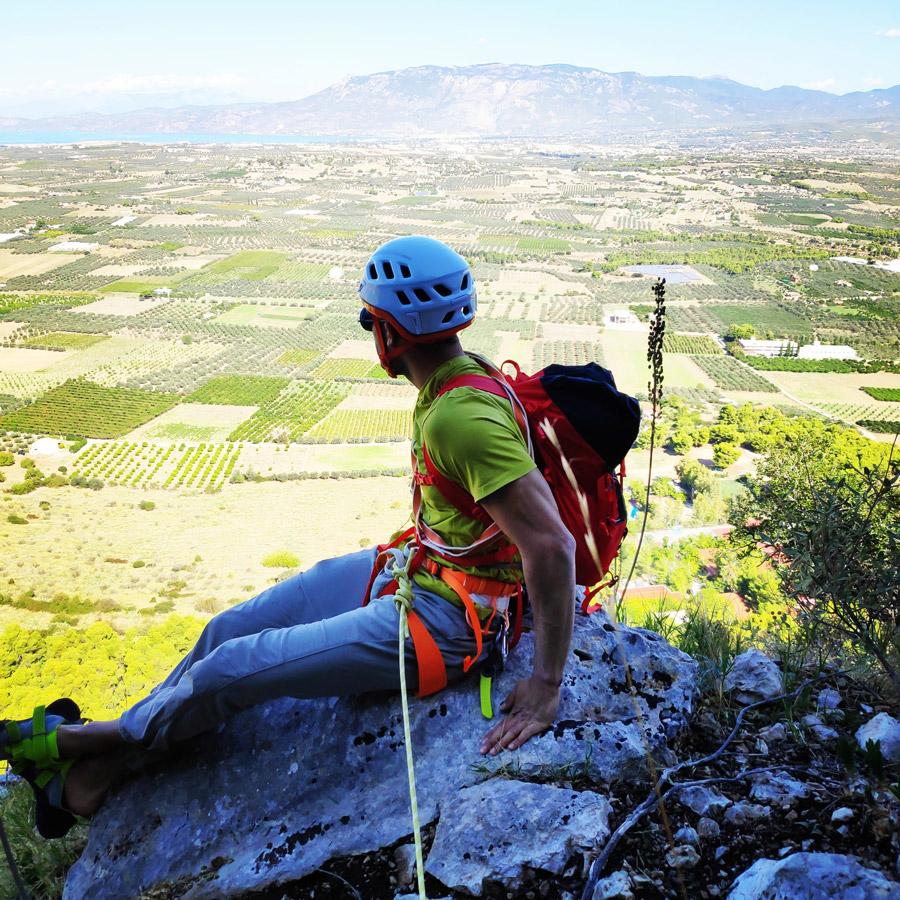 Multipitch_climbing_Tsirio_To_Proto_Onia_mountain_072657_516