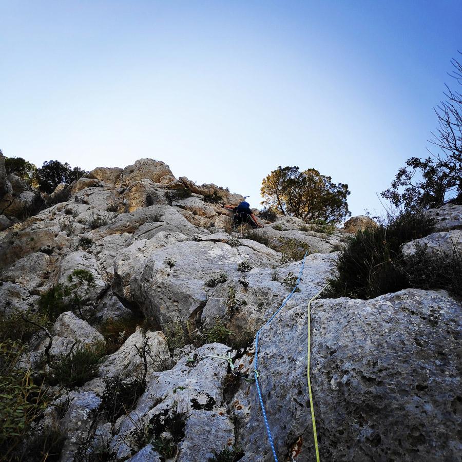 Multipitch_climbing_Tsirio_To_Proto_Onia_mountain_073132_134