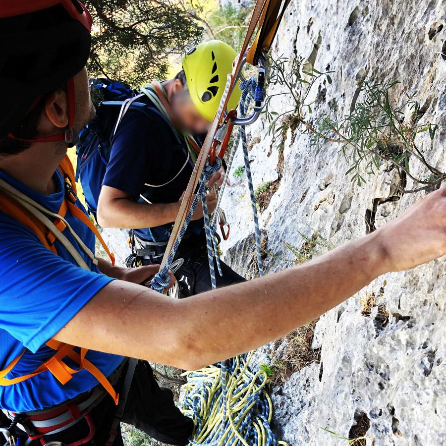 Multipitch_climbing_Tsirio_To_Proto_Onia_mountain_074427_765