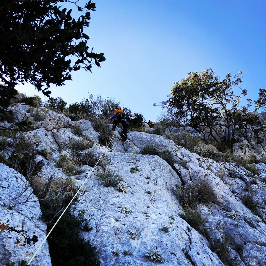 Multipitch_climbing_Tsirio_To_Proto_Onia_mountain_074917_648