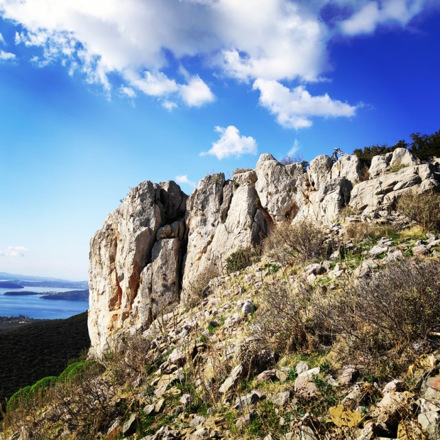 Climbing_Castle_Thermisia_Kastro_Ermionida_Greece_10