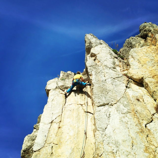 Climbing_Castle_Thermisia_Kastro_Ermionida_Greece_102914_862