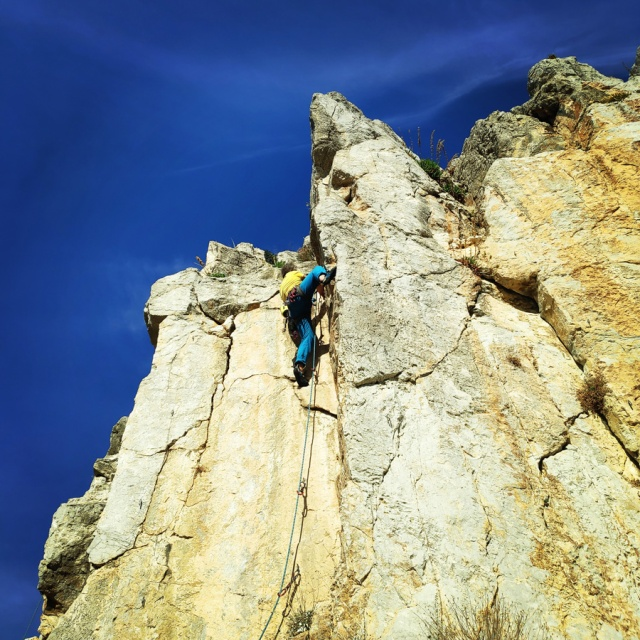 Climbing_Castle_Thermisia_Kastro_Ermionida_Greece_102940_009