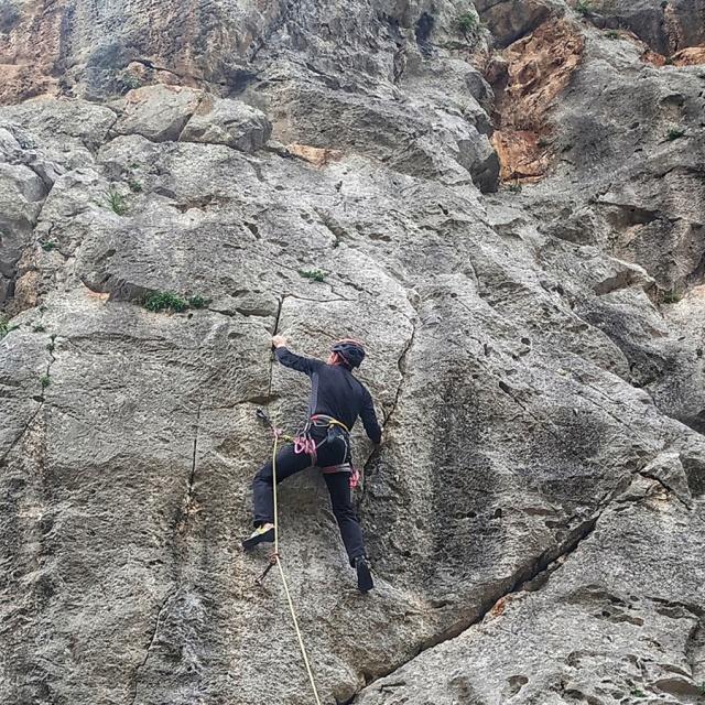 Climbing_Katafyki_Gorge_Update_03