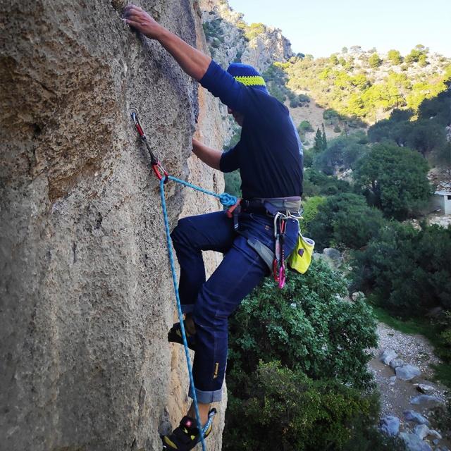 Climbing_Katafyki_Gorge_Update_14