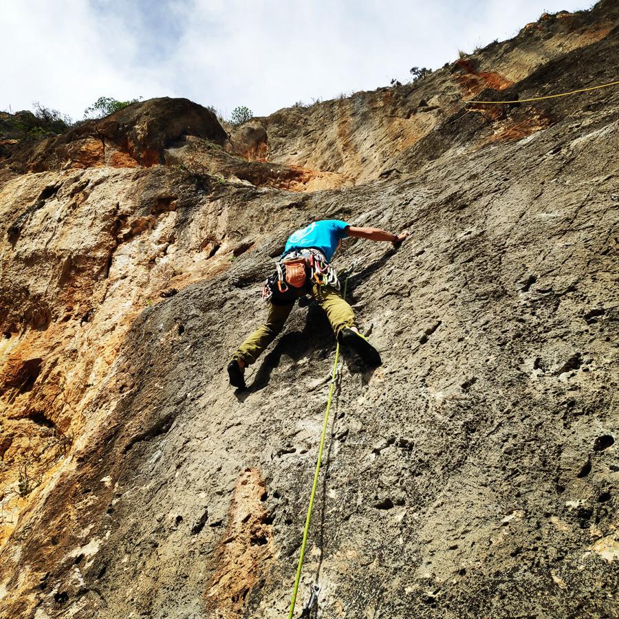 Climbing_Kandia_Argolis_Agios_Andonis_193636_218