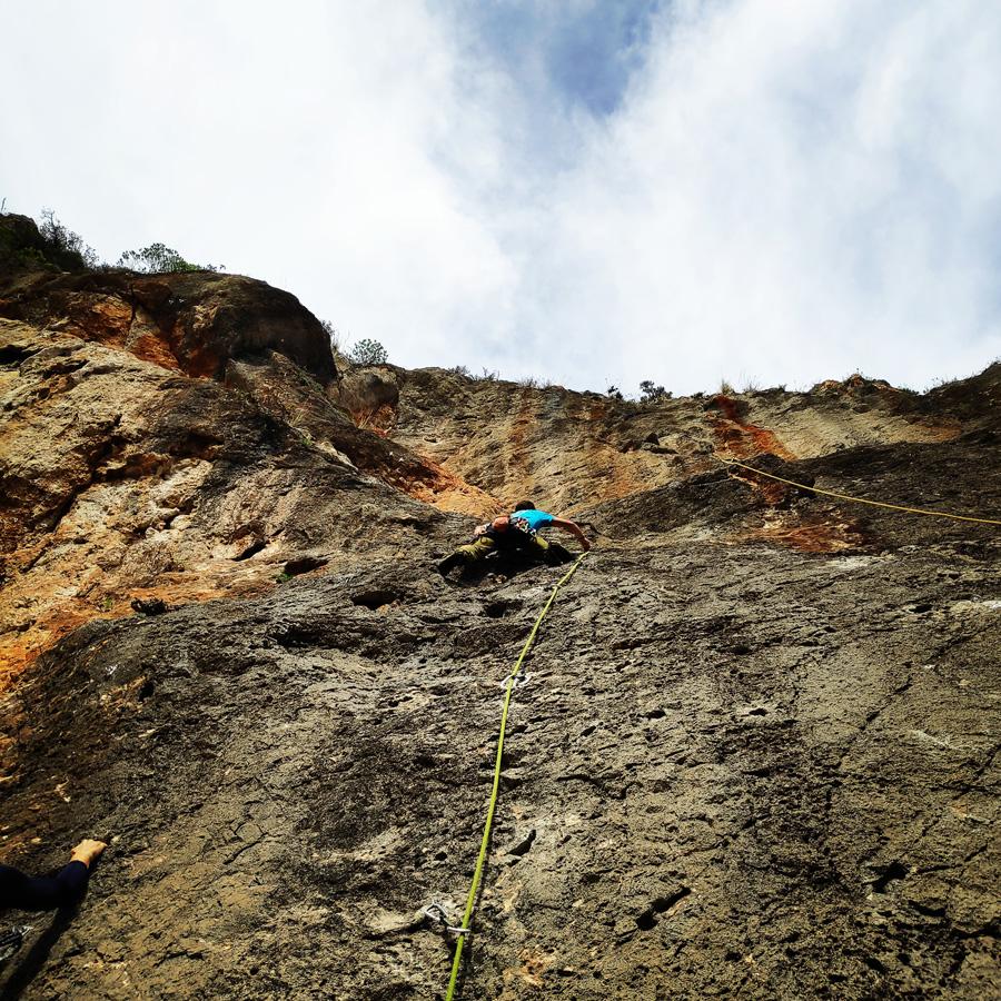 Climbing_Kandia_Argolis_Agios_Andonis_193839_897