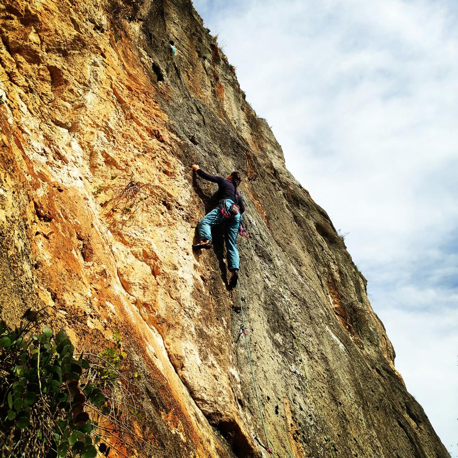 Climbing_Kandia_Argolis_Agios_Andonis_194056_746