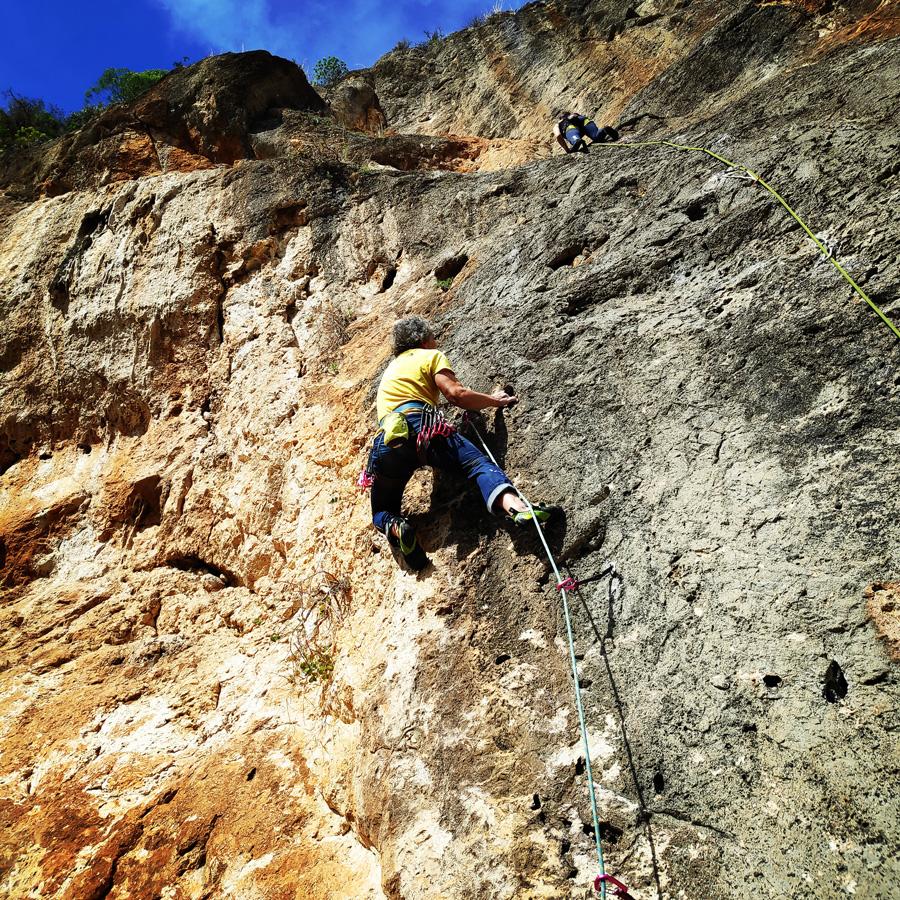 Climbing_Kandia_Argolis_Agios_Andonis_194207_512