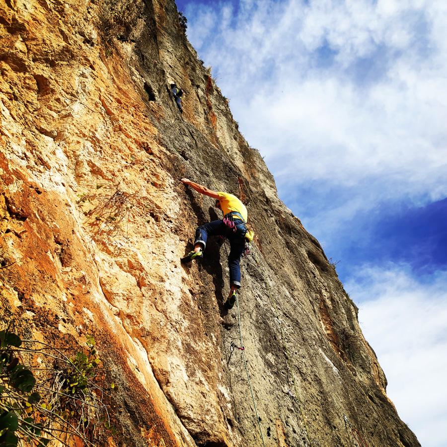 Climbing_Kandia_Argolis_Agios_Andonis_194228_193