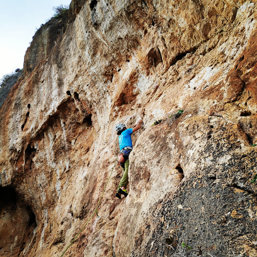 Climbing_Kandia_Argolis_Agios_Andonis_194729_332