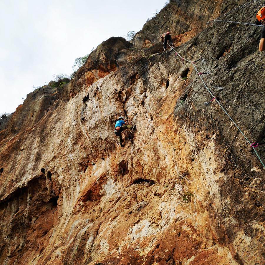 Climbing_Kandia_Argolis_Agios_Andonis_194948_811