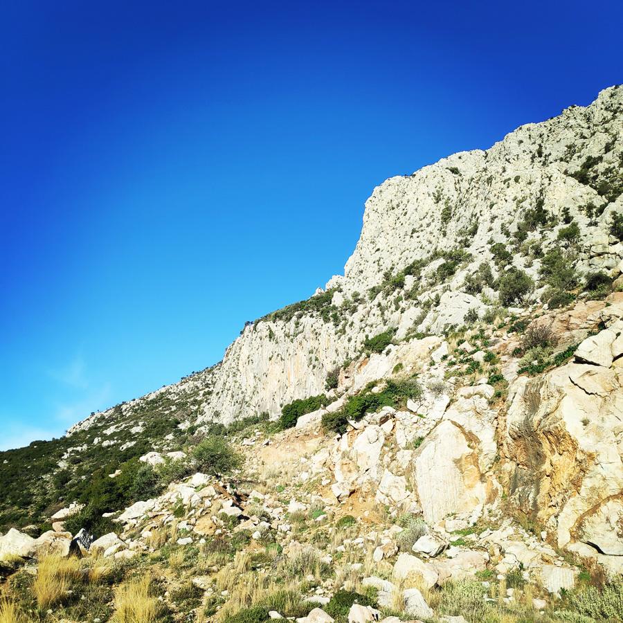 Climbing_South-East_Ridge_Ortholithi_Long_Run_160843_422