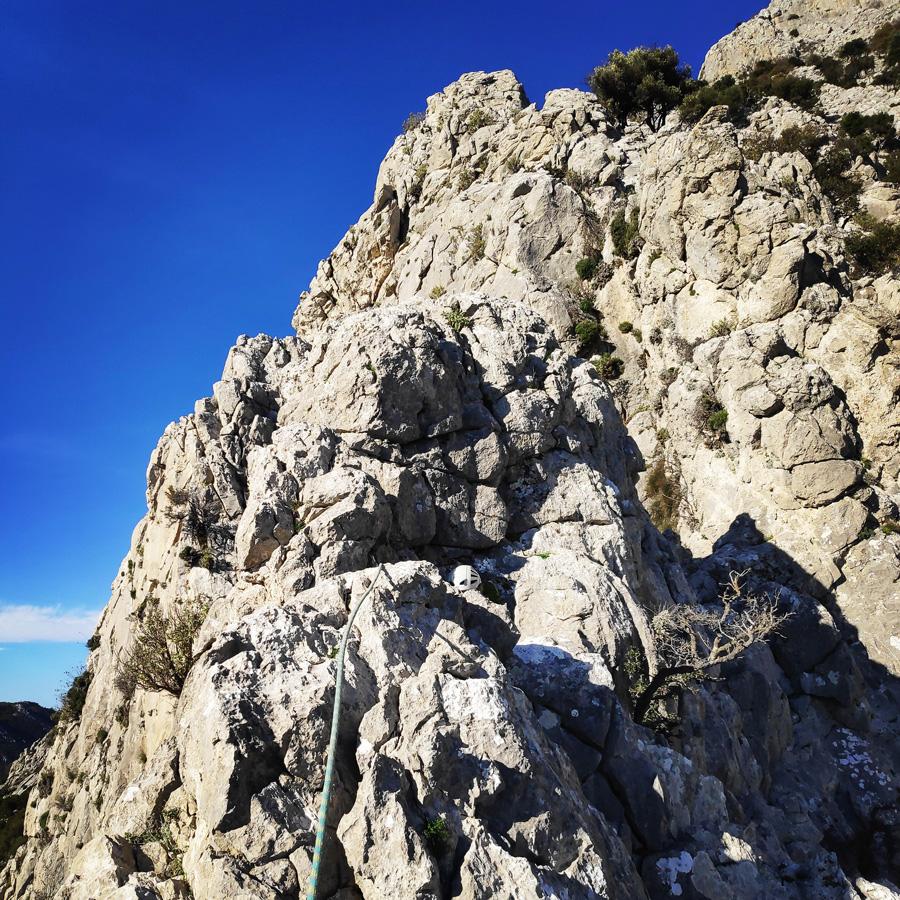 Climbing_South-East_Ridge_Ortholithi_Long_Run_162115_055
