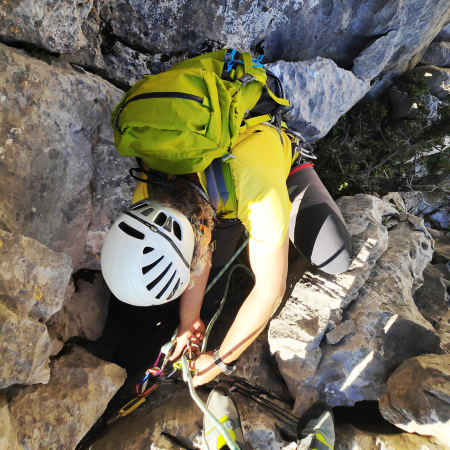 Climbing_South-East_Ridge_Ortholithi_Long_Run_162146_220