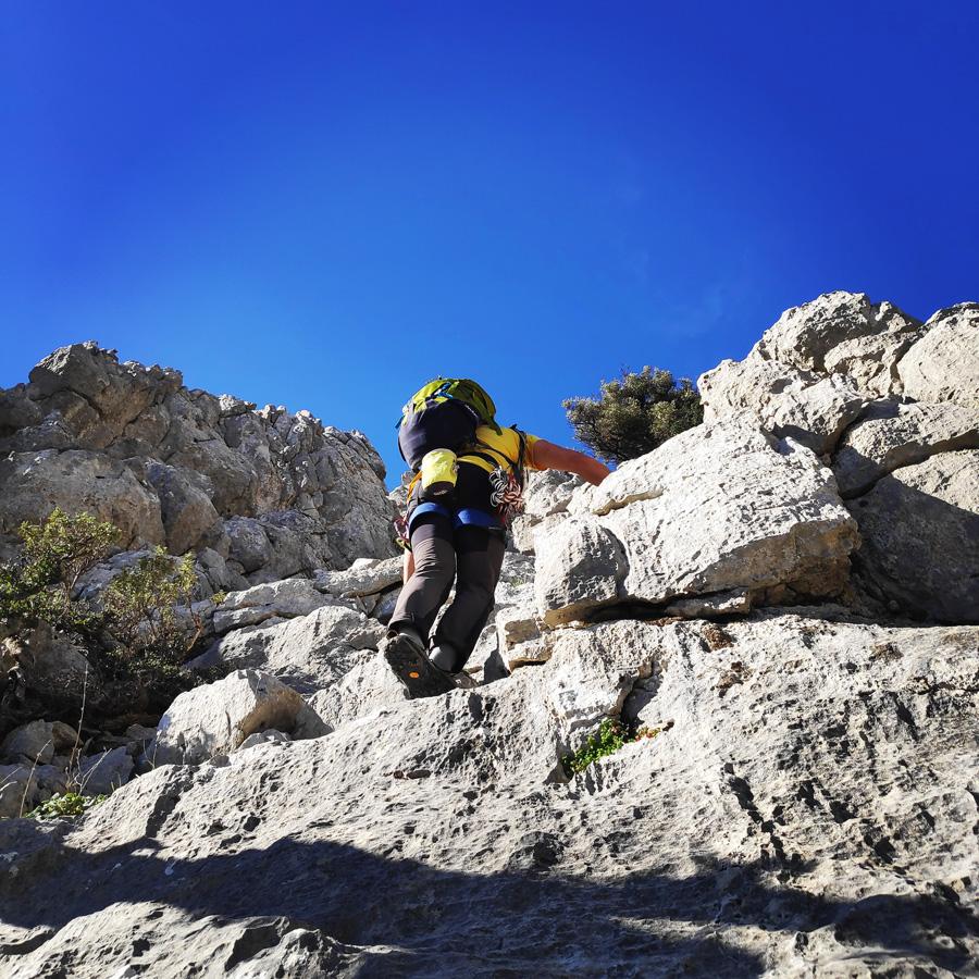 Climbing_South-East_Ridge_Ortholithi_Long_Run_162331_195