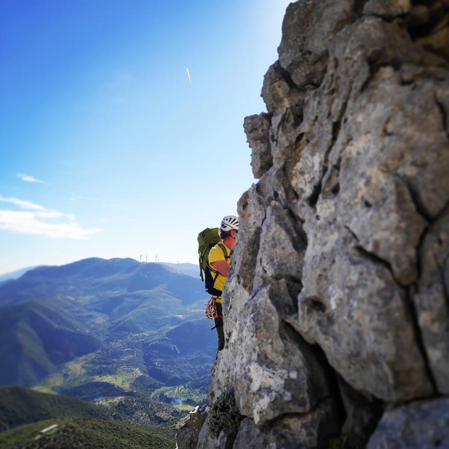 Climbing_South-East_Ridge_Ortholithi_Long_Run_162602_765