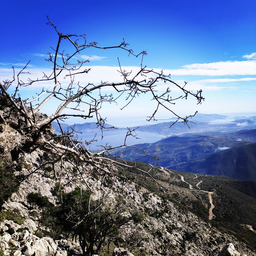 Climbing_South-East_Ridge_Ortholithi_Long_Run_163143_818