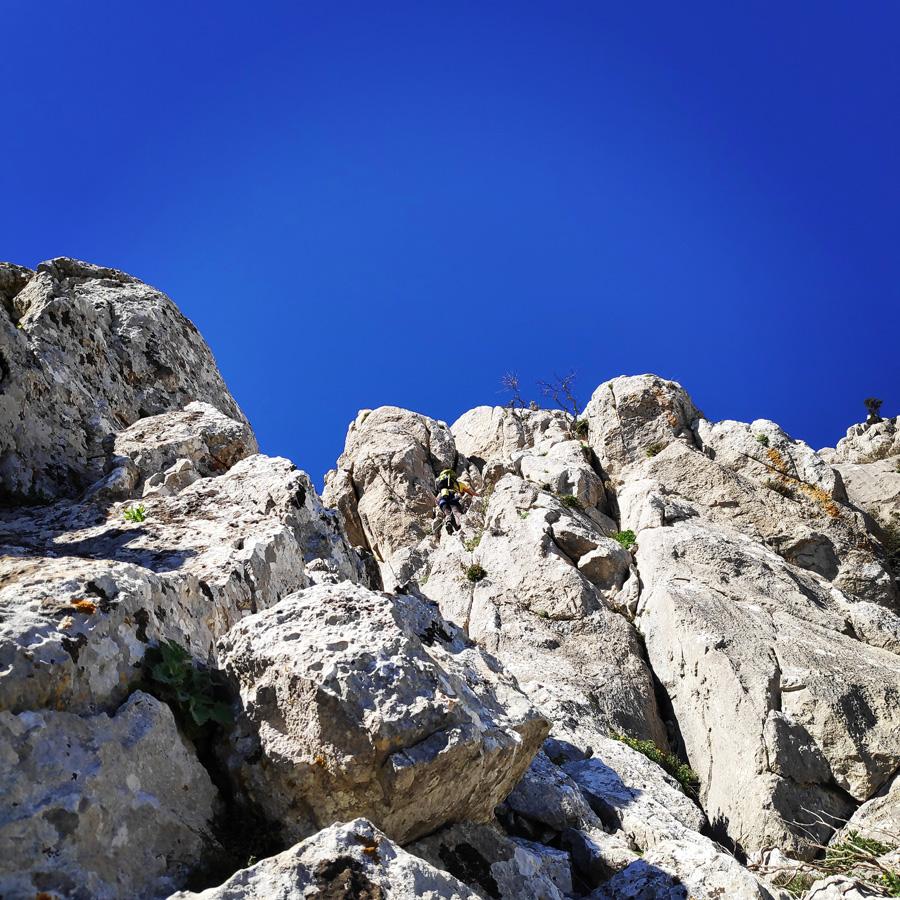 Climbing_South-East_Ridge_Ortholithi_Long_Run_163536_730