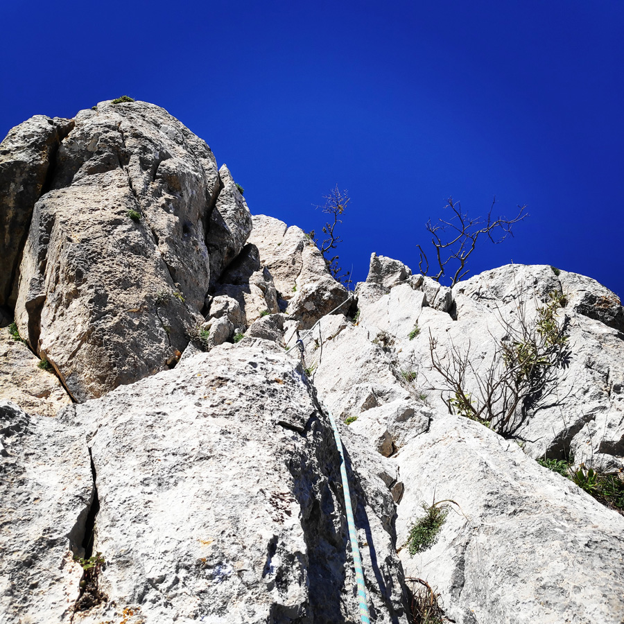 Climbing_South-East_Ridge_Ortholithi_Long_Run_163629_415
