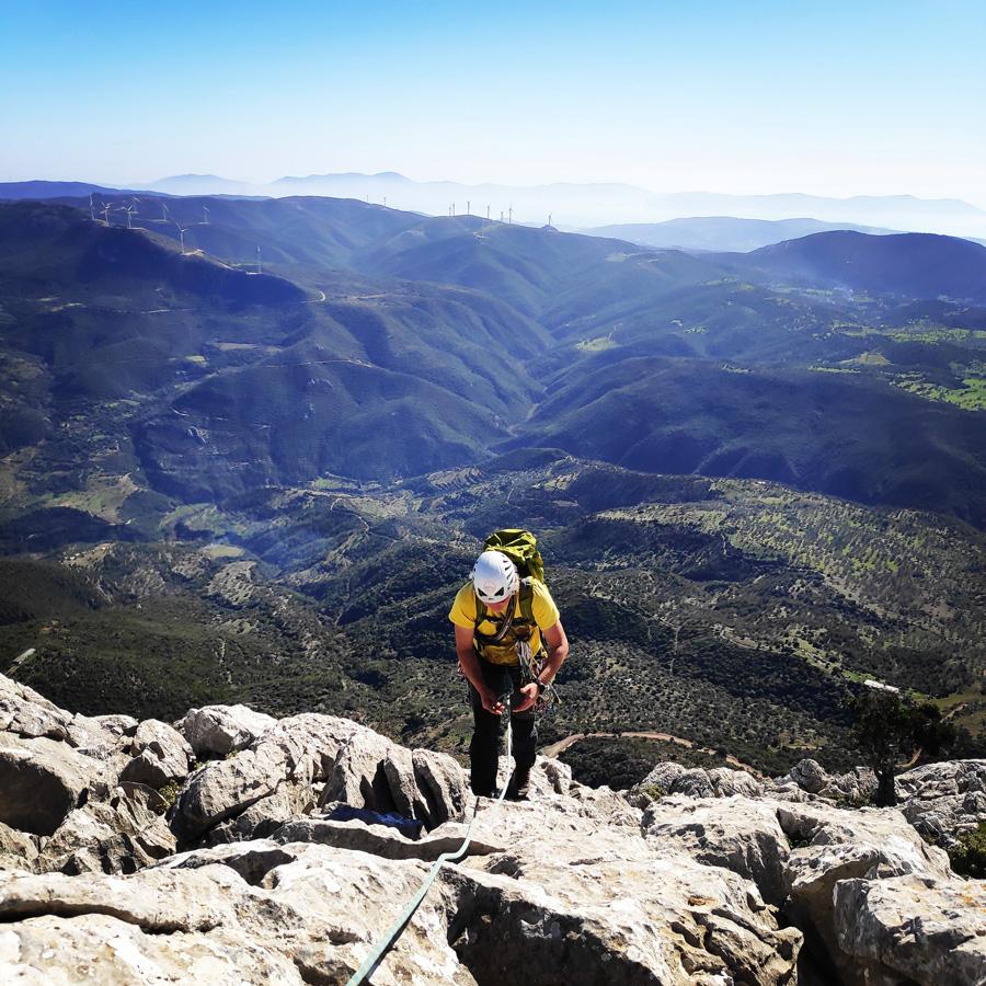 Climbing_South-East_Ridge_Ortholithi_Long_Run_163736_235