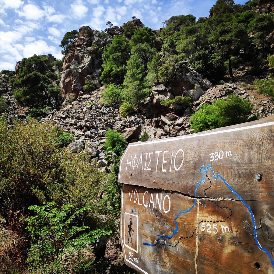 Hiking_Methana_Volcano_145814_051