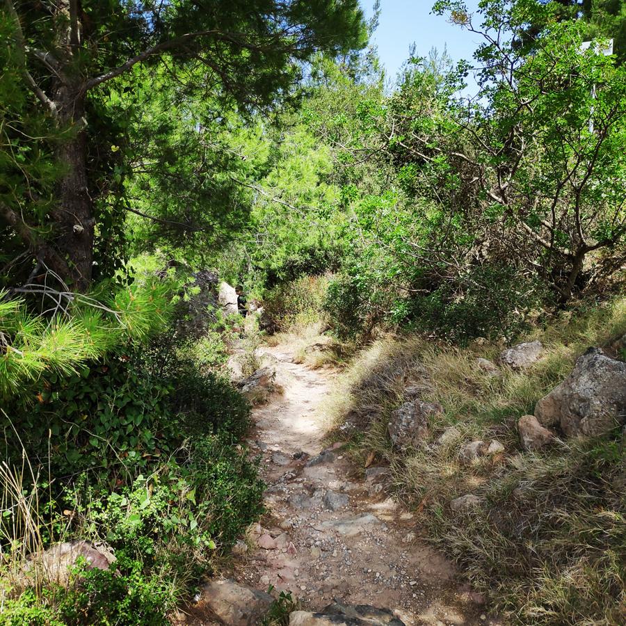Hiking_Methana_Volcano_145834_767