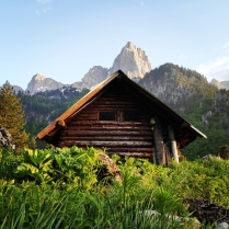 Mountain Hut and high peaks