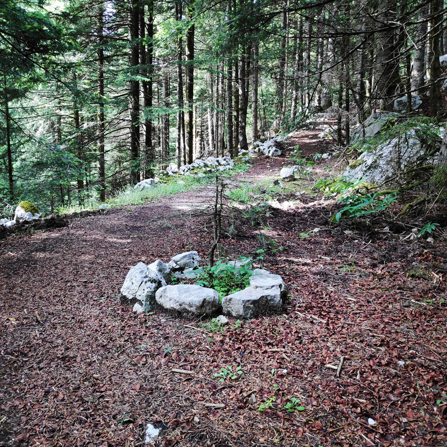 Hiking_in_Tzoumerka_Athamanika_Pramanta_Kefalovriso_Waterafall_Melissourgoi_185026_488