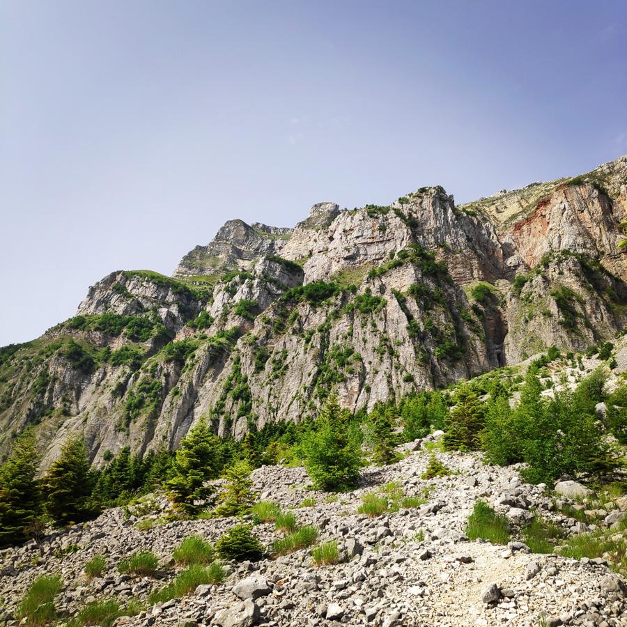 Hiking_in_Tzoumerka_Athamanika_Pramanta_Kefalovriso_Waterafall_Melissourgoi_185354_205
