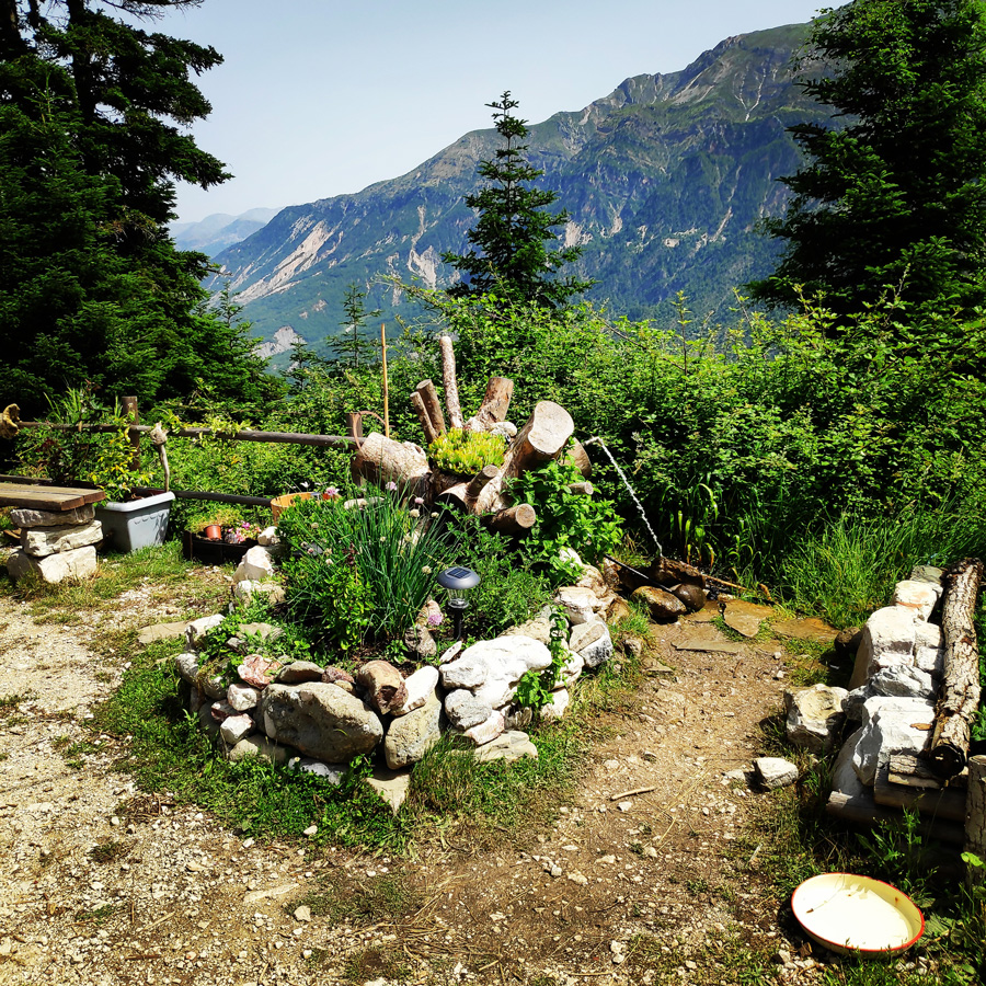 Hiking_in_Tzoumerka_Athamanika_Pramanta_Kefalovriso_Waterafall_Melissourgoi_192732_042
