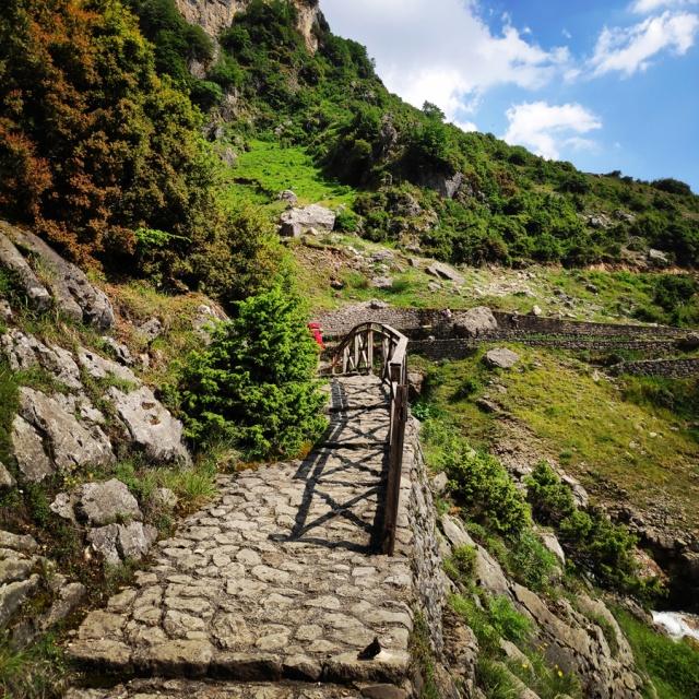 Hiking_in_Tzoumerka_Athamanika_Waterafalls_064554_506
