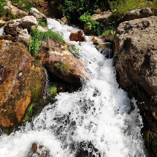 Hiking_in_Tzoumerka_Athamanika_Waterafalls_064634_063