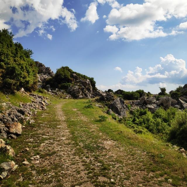 Hiking_in_Tzoumerka_Athamanika_Waterafalls_065258_093