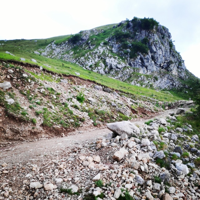 Hiking_in_Tzoumerka_Athamanika_Waterafalls_070844_122
